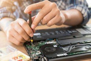 Phí sửa lỗi máy bị treo hay tự tắt máy chỉ từ 50,000 VNĐ
